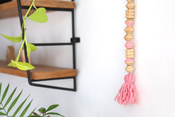 adorno-pared-bolas-madera-diy-final1