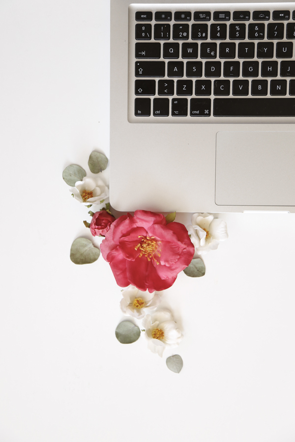 blogger-consejos-blog-computador-flores-tips-blogging