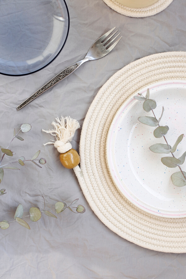 diy-individual-table-mat-cordon-cuerda-algodon-costura-mesa-table-seating