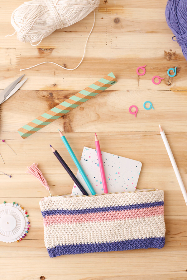 estuche-crochet-tejido-diy-facil-case-escritorio-desk